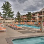 Photo de Ashland Hills Hotel & Suites