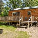 Cabin #0 Fox, 2 bedroom w/ Queen, Twin loft over Full. A/C, heat, wifi, Satellite TV, full bath.