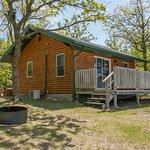 Cabin #5 Heron, 2 bedroom w/ Queen, Twin loft over Full. A/C, heat, wifi, Satellite TV, full bat