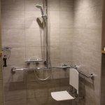 Chambre 337 : douche handi