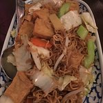Vegetable chow Mein with tofu