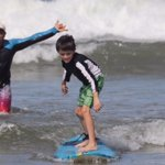 Surf lesson in Tamarindo with Pablo surf school (book with Eric)