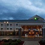 Photo of Holiday Inn Express Hotel & Suites Ada