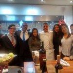 Estudiantes con el Chef Oscar