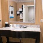 Photo de Hampton Inn & Suites Yonkers