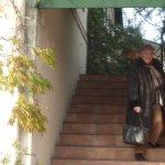 Escalier d'accès à la porte d'entrée (autre accès aux personnes à mobilité réduite)