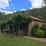 Cedar Creek Cottages & Wine