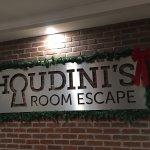 Houdini's Room Escape Photo