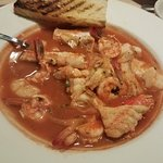 Cioppino had swordfish in it that was tough & Chewy👎
