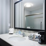 Photo of Hampton Inn and Suites DuPont