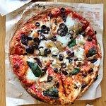 صورة فوتوغرافية لـ Blaze Pizza