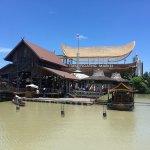 Foto Pasar Terapung Pattaya