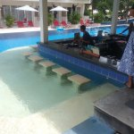 Good Pool Bar