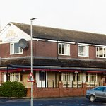 The Raven recently refurbished,6no local cask real ales,sky sports & B T sport,Live music,carpar