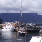 Table Mountain from teh dock behind the hotel