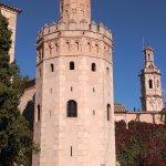Museo al aire libre con las diferentes enseñas de las distintas zonas de España.