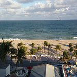 Photo de Courtyard Fort Lauderdale Beach