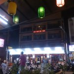 Foto Outdoor Inn & Restaurant