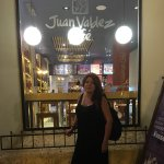 Photo de Juan Valdez Cafe Av San Martin