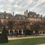 Foto de Place des Vosges