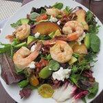 House salad with shrimp
