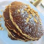 Banana Pancakes (toasted macadamia Nutella fondue sauce)