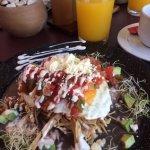 Huevos Chenek