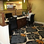 Zdjęcie Holiday Inn Express & Suites Huntsville Airport