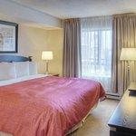 Photo of Les Suites Hotel Ottawa
