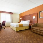 Radisson Hotel Akron/Fairlawn resmi