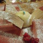 dôme praliné glacé au caramel coeur coulant praliné glace vanille