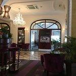 Bar et accès restaurant