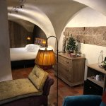 Canal Delux Vaulted Ceiling Room (Canal Side)