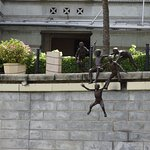 Statue of kids jumping into river