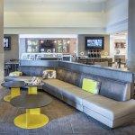 Photo de SpringHill Suites Miami Airport South