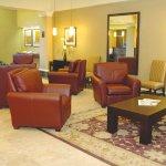 Photo de Holiday Inn Toronto Bloor Yorkville