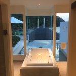 Grand Pool Suite 103