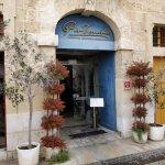 Pintonino facade and entrance on Valletta Waterfront