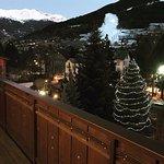 La vista del paese e dei monti dal mio ampio balcone