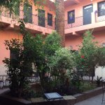 Jardin cour hôtel
