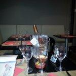 LES TABLES COTE BANQUETTE