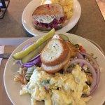 Sandwich with Salad bar!