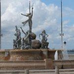 Fountain at seaward end of paseo