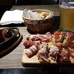 Foto de Cádiz Tapas Bar