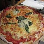 Rest. La Poma pizza