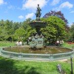 A fountain found at this public garden