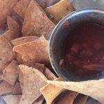 Mediocre chips and salsa.