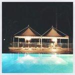 Une piscine vous invite à la détente