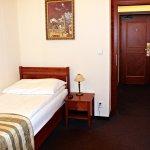 Amigo City Centre Hotel resmi