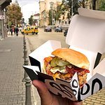 A travelling burger is a happy burger!